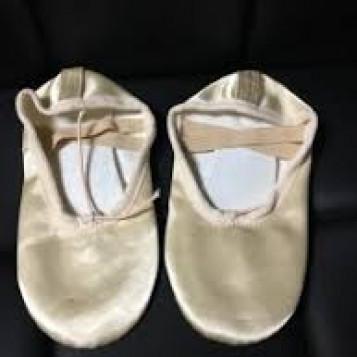 Baletki satynowe rozmiar Eu 30 18,1 cm