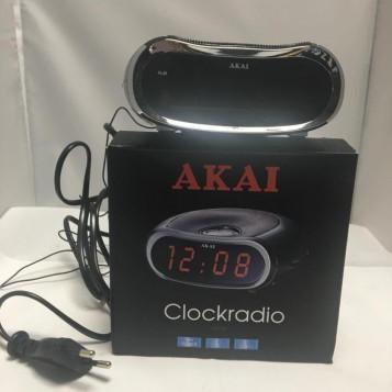 Radiobudzik Akai AR105